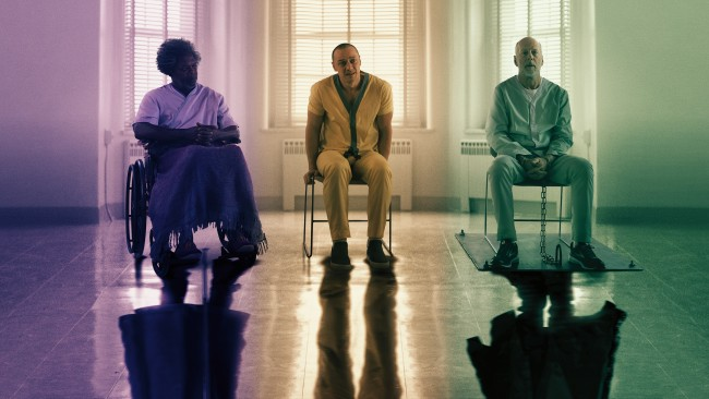 glass-2019-bruce-willis-samuel-l-jacksonjames-mcavoy-25414-resized